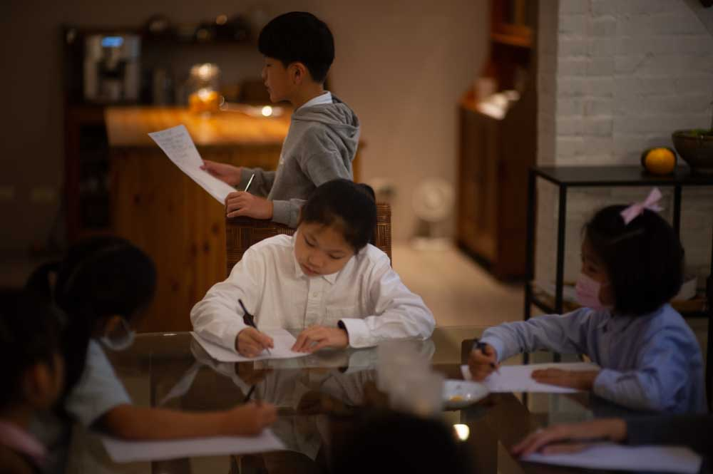 年近六十學教學《六十八》親師一定要合作